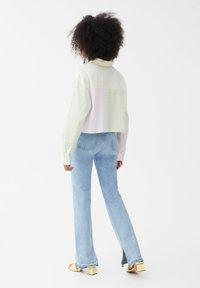 PULL&BEAR - Button-down blouse - mottled light pink - 2
