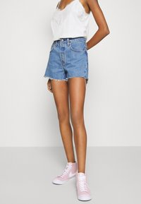 Levi's® - 501® ORIGINAL - Jeansshort - blue denim - 0