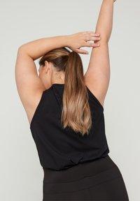 Active by Zizzi - Top - black keep on going - 2