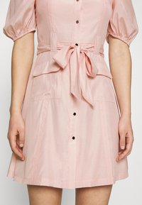 NA-KD - PUFF SLEVE TAILORED DRESS - Cocktail dress / Party dress - pink - 4