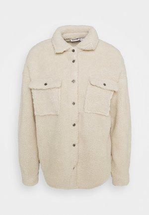 NMSAKIRAN LONG SHACKET - Winter jacket - eggnog