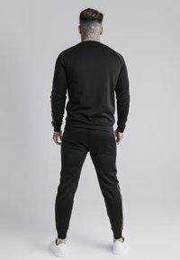 SIKSILK - Maglietta a manica lunga - black - gold - 2