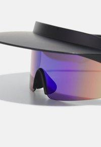 Urban Classics - VISOR SUNGLASSES UNISEX - Sunglasses - black - 3