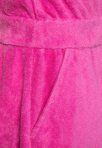Emporio Armani - VESTITO - Robe d'été - rosa pop - 2