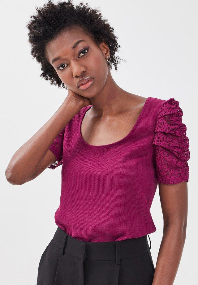 T-shirt con stampa - violet foncé