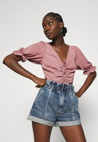 Abercrombie & Fitch - CINCH FRONT PUFF - Blus - rose - 3
