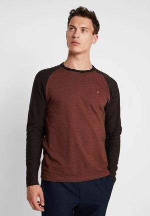 REDINGTON RAGLAN TEE - Long sleeved top - auburn