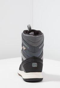 Merrell - M-SNOW CRUSH WTRPF - Botas para la nieve - grey/black - 4