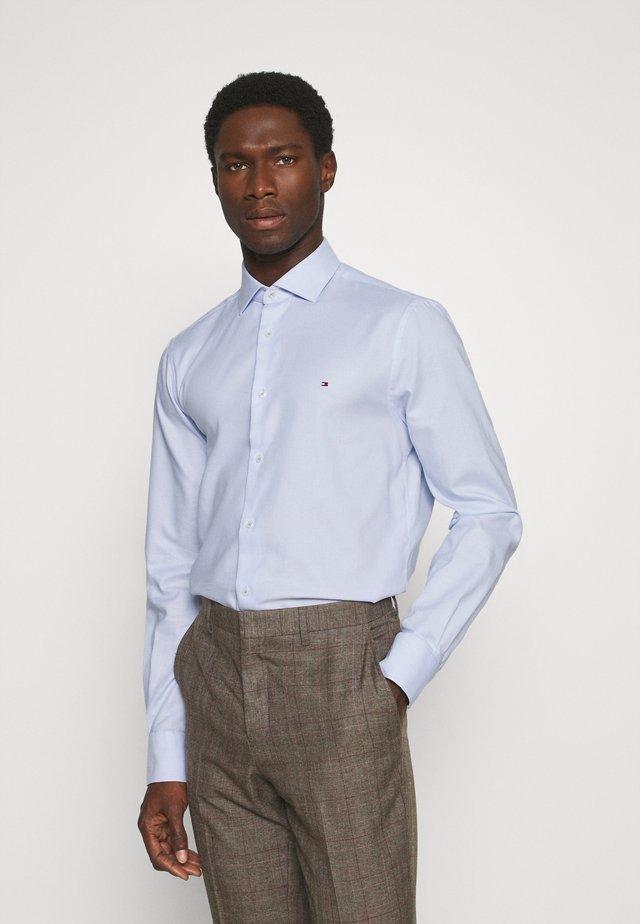 DOBBY CLASSIC SLIM FIT SHIRT - Zakelijk overhemd - blue