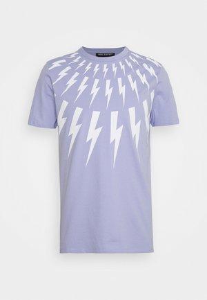 THUNDERBOLT - Print T-shirt - lilac/white