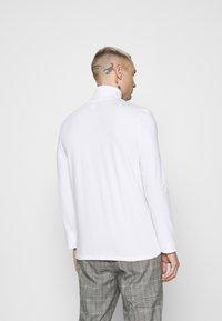 Topman - ROLL NECK 2 PACK - Long sleeved top - black/white - 2