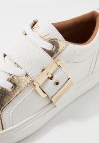 River Island - Sneakers laag - white - 2