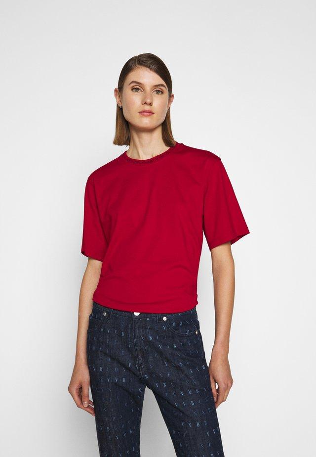 LOGO - Print T-shirt - cherry red