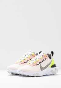 Nike Sportswear - REACT ELEMENT 55 PRM - Trainers - light soft pink/atmosphere grey/black/volt/vast grey - 4