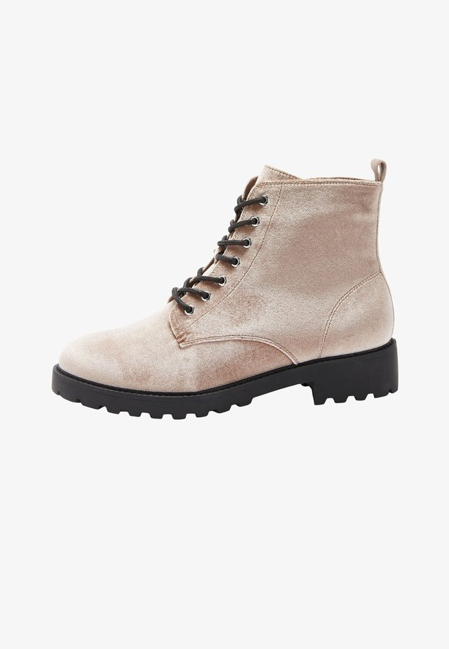 FOREVER - Ankle boot - beige