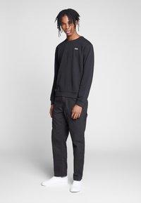 Fila - EFIM - Sweatshirt - black - 1