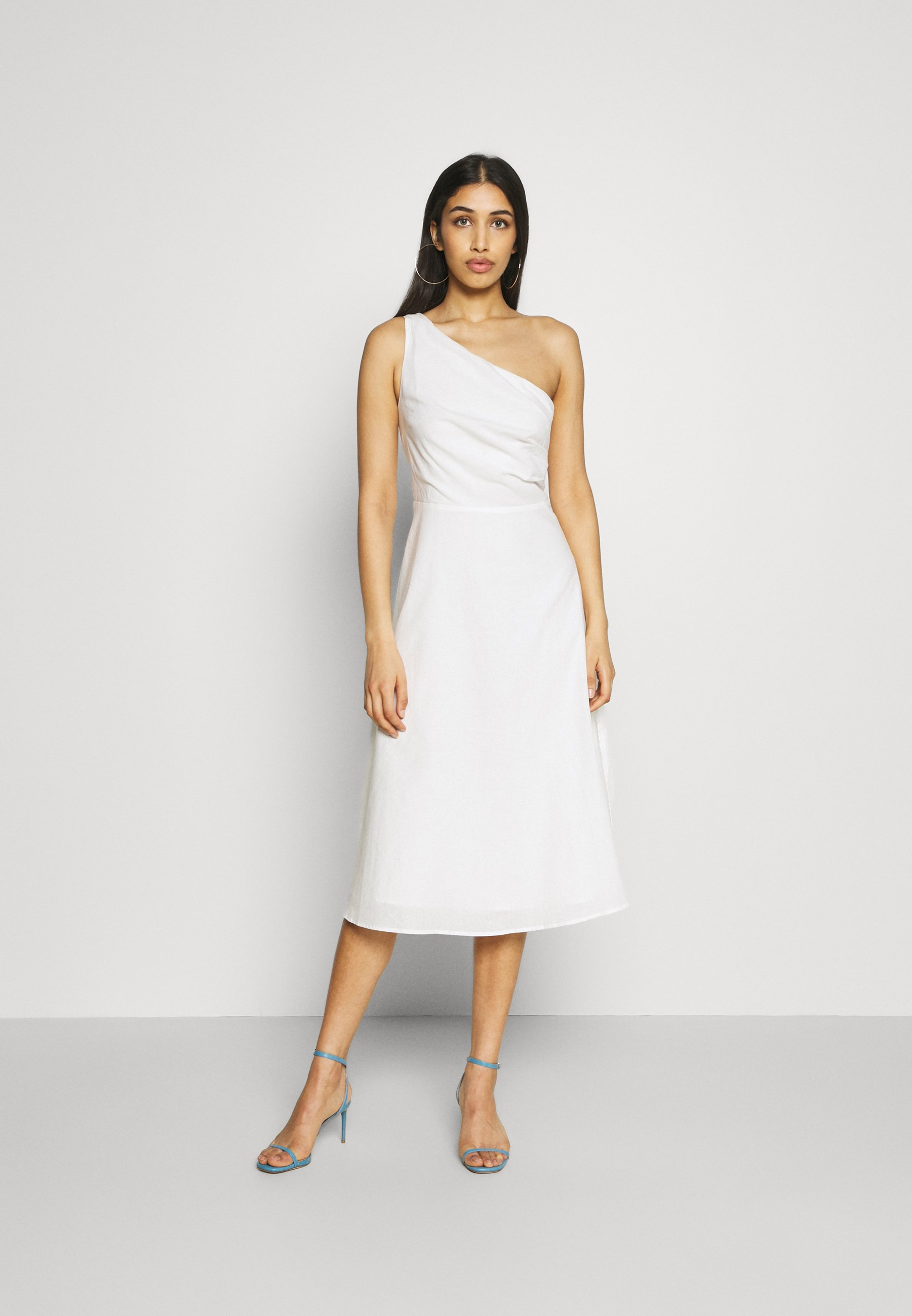 NA-KD - BLEND DEEP BACK DRESS - Vestido de cóctel - offwhite