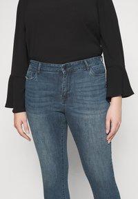 Vero Moda Curve - VMSEVEN  - Jeans Skinny Fit - dark blue denim - 4