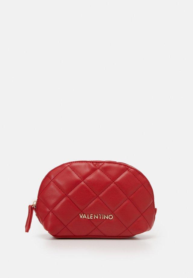 OCARINA - Kosmetická taška - rosso