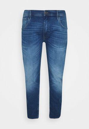 JET FIT MULTIFLEX - Slim fit jeans - denim light blue
