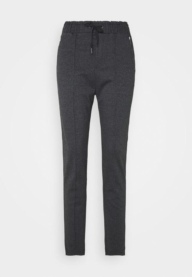 HOUNDSTOOTH PANTS - Tygbyxor - black grey