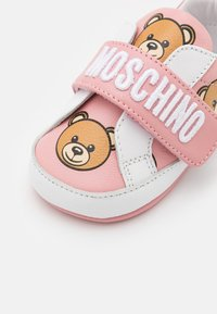 MOSCHINO - First shoes - light pink - 5