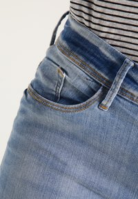 ICHI - ERIN - Jeans Skinny Fit - bleached light blue - 4