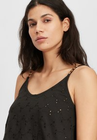 O'Neill - BEADED - Top - black out - 3