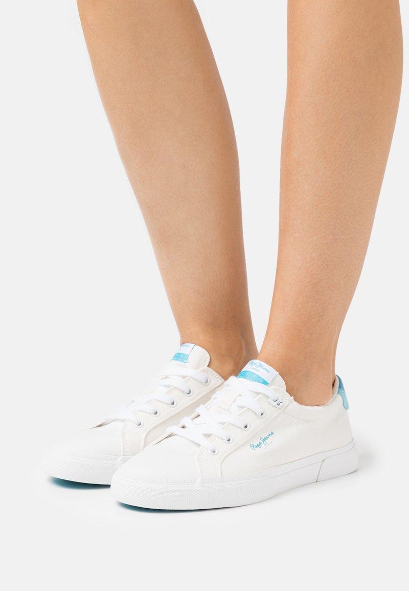 Pepe Jeans - KENTON BASS - Trainers - white
