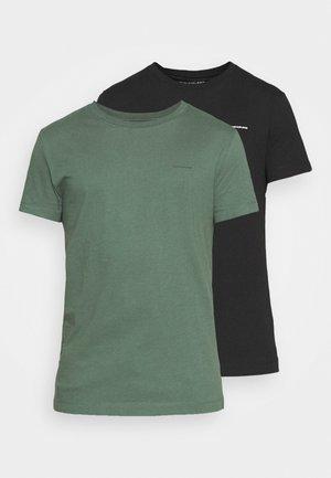 SLIM FIT 2 PACK - Basic T-shirt - duck green/black