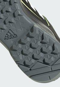 adidas Performance - TERREX EASTRAIL WANDERSCHUH - Outdoorschoenen - black - 6