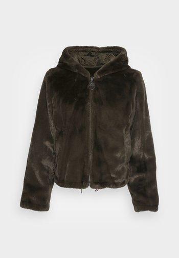 ROXY REVERSIBLE - Winter jacket - grün