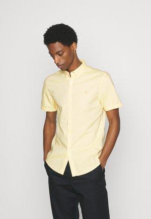 BREWER SHIRT - Skjorta - sunshine
