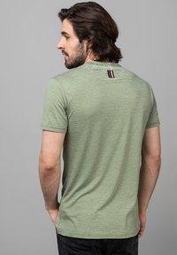 Key Largo - MT DIETER - Print T-shirt - green - 1
