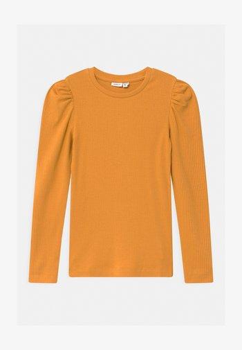 NKFKABEXI SLIM - Long sleeved top - spruce yellow
