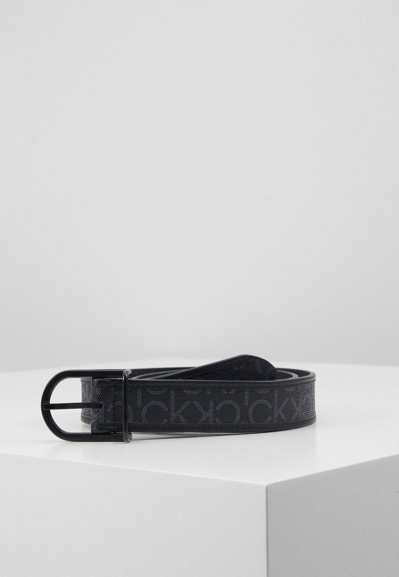 Calvin Klein - BRIDGE BUCKLE MIX MONO - Belt - black