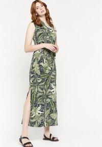 LolaLiza - Maxi dress - khaki - 0