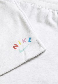 Nike Sportswear - Spodnie treningowe - birch heather