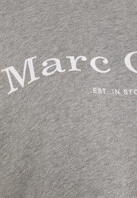 Marc O'Polo - RAGLAN SLEEVE HOODED - Hoodie - medium grey melange - 2