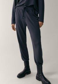 Massimo Dutti - Tracksuit bottoms - dark grey - 0