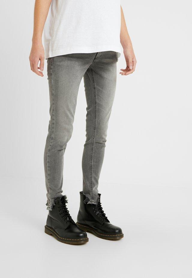 JAMIE JAGGED HEM - Skinny džíny - grey