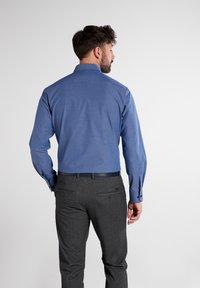 Eterna - Formal shirt - hellblau/marine - 1