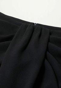 Violeta by Mango - SHARI - Wrap skirt - black - 4