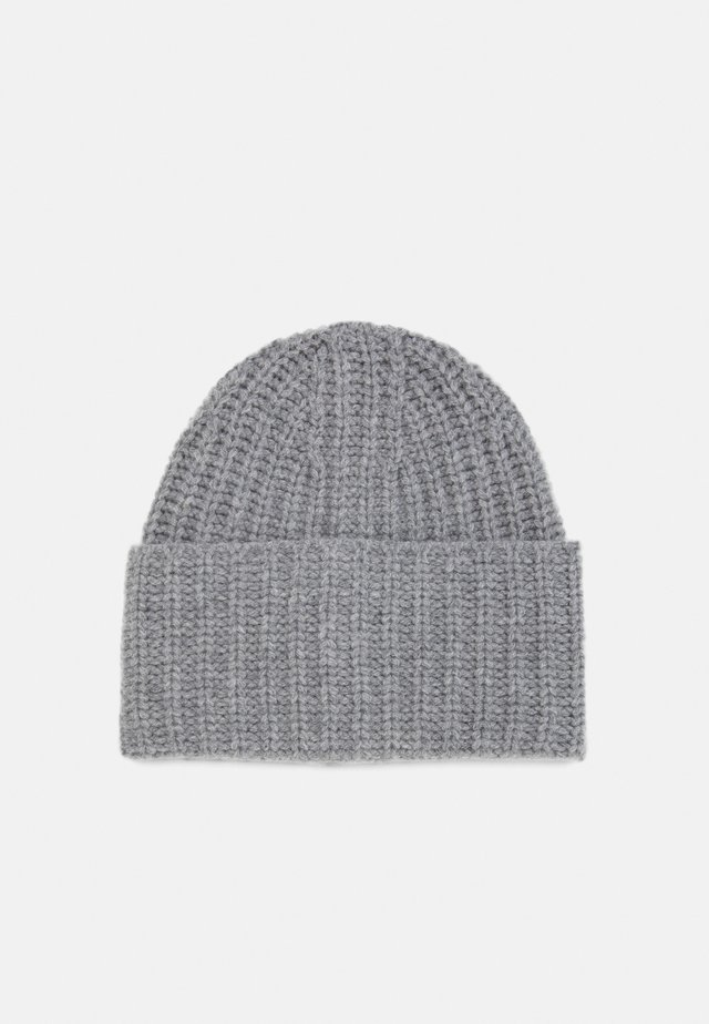 CORINNE HAT - Lue - warm grey