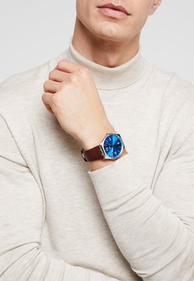 Swatch - SKIN IRONY - Horloge - wind