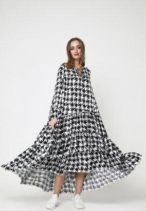 Anina - Maxi dress - weiß, schwarz