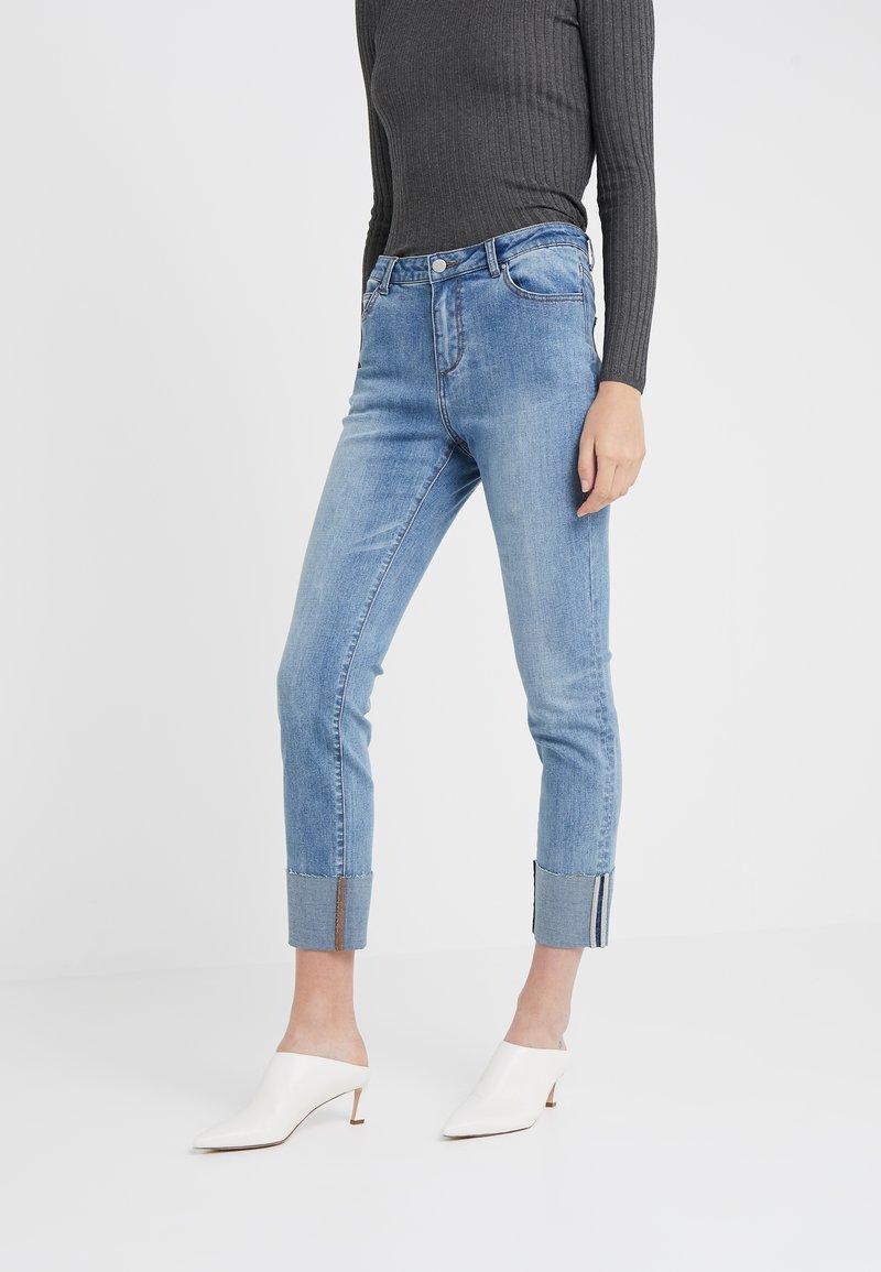 Steffen Schraut - WILLIAMSBURG HIP PANTS - Slim fit jeans - hip denim