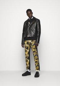 Versace Jeans Couture - Veste en cuir - nero - 1