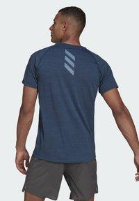adidas Performance - RUNNER T-SHIRT - Print T-shirt - blue - 2