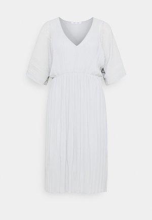 ANDINE DRESS - Vapaa-ajan mekko - gray dawn